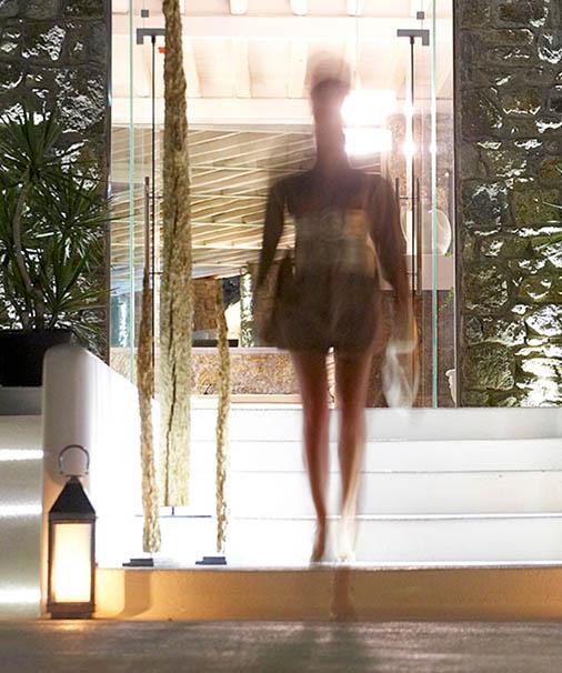 Bill & Coo luxury hotel in mykonos