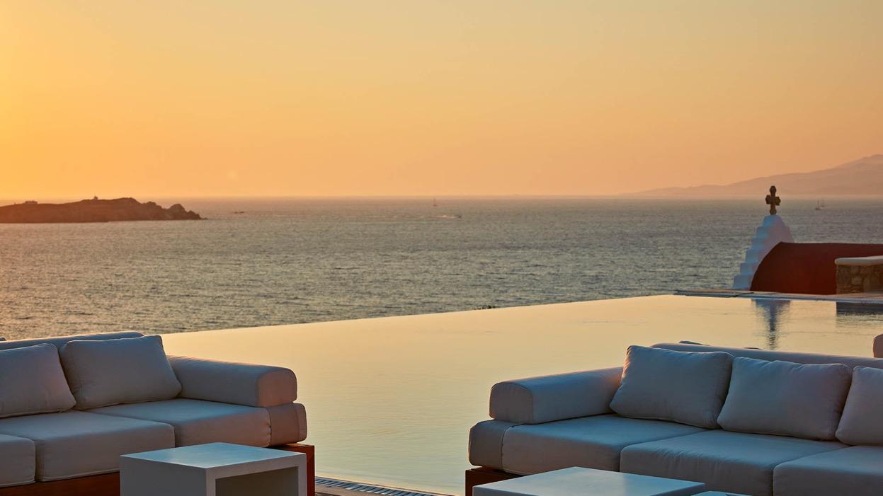luxury mykonos hotel bill & coo
