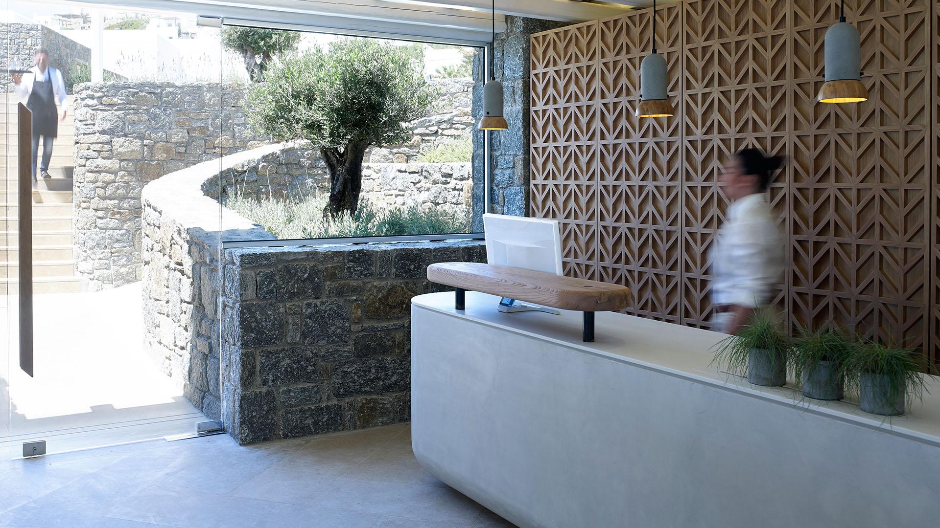 bill & coo coast suites reception